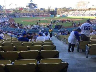 Dodger Stadium, Abschnitt: 2fd, Reihe: W, Platz: 13