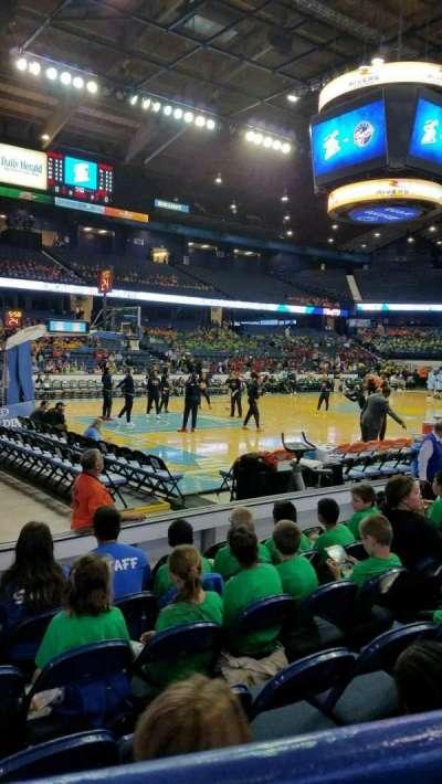 Allstate Arena, Abschnitt: 112, Reihe: A, Platz: 15