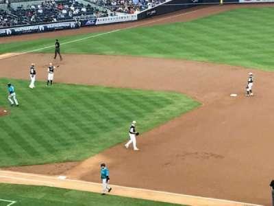 Yankee Stadium, Abschnitt: 214A, Reihe: 18, Platz: 2