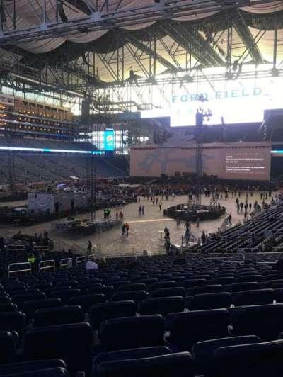 Ford Field, Abschnitt: 120, Reihe: 31, Platz: 14