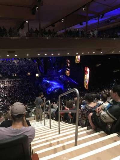 Madison Square Garden, Abschnitt: 211, Reihe: 19, Platz: 22