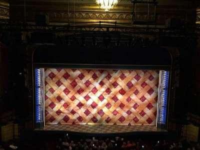 Brooks Atkinson Theatre, Abschnitt: Mezz, Reihe: F, Platz: 115