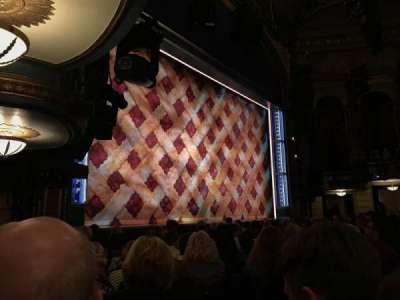 Brooks Atkinson Theatre, Abschnitt: Orchestra Left, Reihe: H, Platz: 23