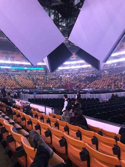 TD Garden, Abschnitt: Loge 21, Reihe: 5, Platz: 2-3