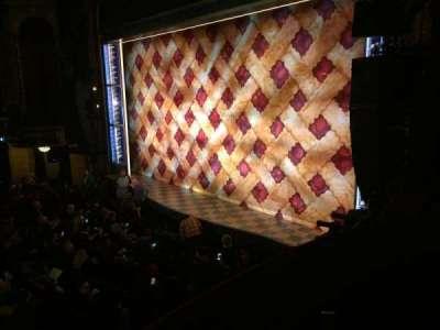 Brooks Atkinson Theatre, Abschnitt: Box R, Reihe: 2, Platz: C
