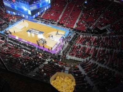 Little Caesars Arena, Abschnitt: G30, Reihe: 1, Platz: 1
