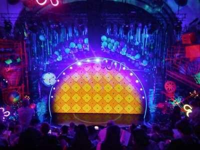 Palace Theatre (Broadway), Abschnitt: Front Mezzanine, Reihe: H, Platz: 102