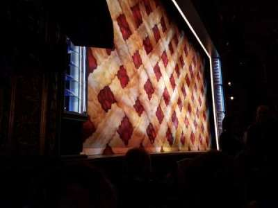 Brooks Atkinson Theatre, Abschnitt: ORCH-L, Reihe: B, Platz: 13