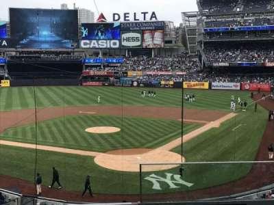 Yankee Stadium, Abschnitt: 221a, Reihe: 4, Platz: 1