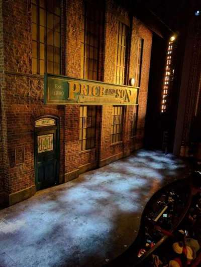 Al Hirschfeld Theatre, Abschnitt: LBOX, Reihe: B, Platz: 3