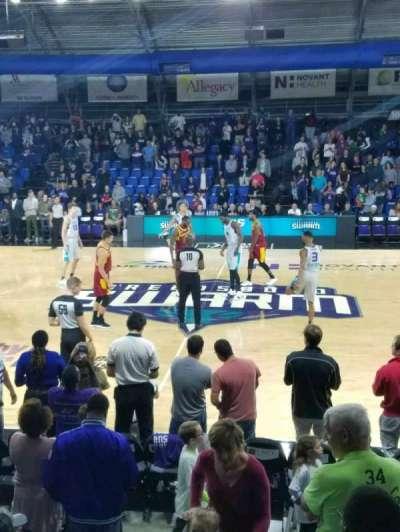 Greensboro Coliseum Fieldhouse, Abschnitt: 104, Reihe: H, Platz: 20