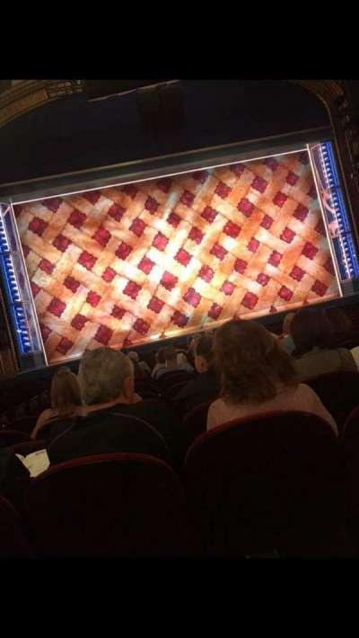 Brooks Atkinson Theatre, Abschnitt: Orchestra, Reihe: N, Platz: 103