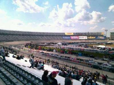 Dover International Speedway, Abschnitt: 102, Reihe: 30, Platz: 9