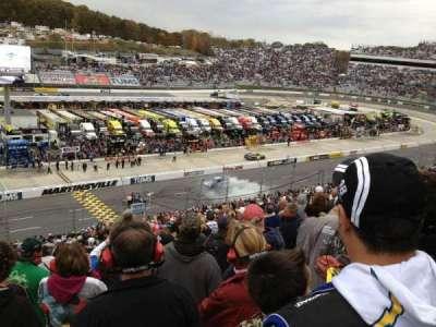 Martinsville Speedway, Abschnitt: H, Reihe: 42, Platz: 22