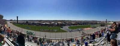 Atlanta Motor Speedway, Abschnitt: 137, Reihe: 22, Platz: 12
