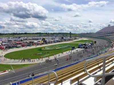 Kentucky Speedway, Abschnitt: Grandstand 4J, Reihe: 22, Platz: 5