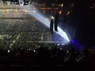Capital One Arena, Abschnitt: 419, Reihe: L, Platz: 10