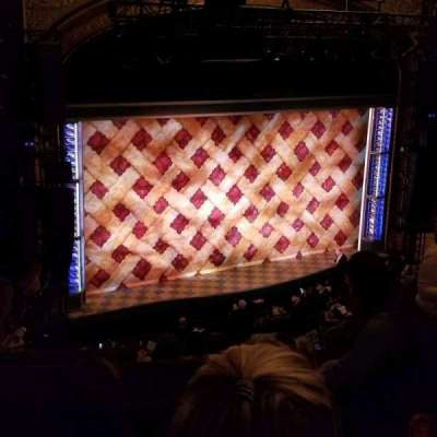 Brooks Atkinson Theatre, Abschnitt: Mezz, Reihe: H, Platz: 7