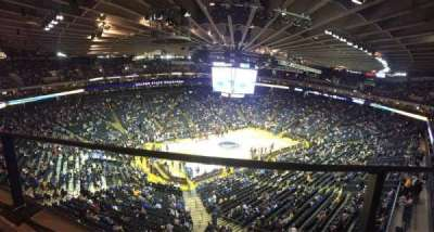 Oracle Arena, Abschnitt: 220, Reihe: 1, Platz: 10