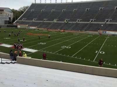Lane Stadium, Abschnitt: 18, Reihe: W, Platz: 17