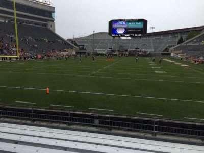 Lane Stadium, Abschnitt: 102, Reihe: H, Platz: 20