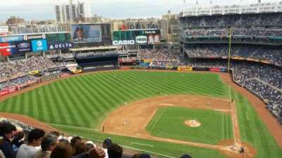 Yankee Stadium, Abschnitt: 423, Reihe: 6, Platz: 1