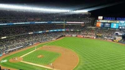 Yankee Stadium, Abschnitt: 413, Reihe: 7, Platz: 26
