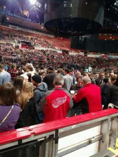 Joe Louis Arena, Abschnitt: 123, Reihe: 2, Platz: 6