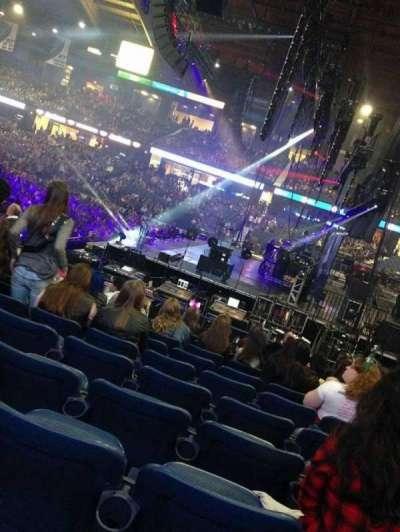 Allstate Arena, Abschnitt: 110, Reihe: E , Platz: 9