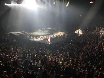 Allstate Arena, Abschnitt: 202, Reihe: A, Platz: 2