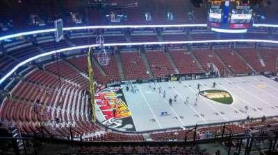 Honda Center, Abschnitt: 437, Reihe: N, Platz: 8