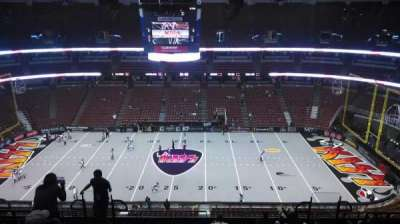 Honda Center, Abschnitt: 433, Reihe: M, Platz: 8