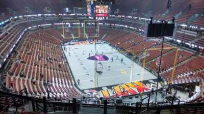 Honda Center, Abschnitt: 425, Reihe: M, Platz: 8