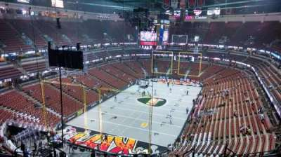 Honda Center, Abschnitt: 421, Reihe: M, Platz: 8