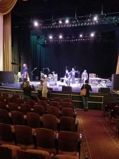 Lincoln Theatre, Abschnitt: orch, Reihe: j, Platz: 101