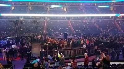 Capital One Arena, Abschnitt: 100, Reihe: L, Platz: 4