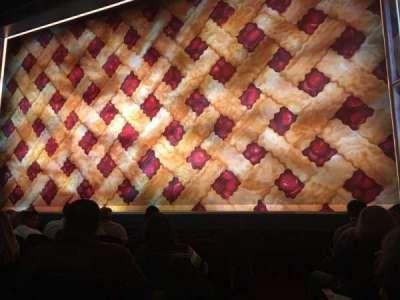 Brooks Atkinson Theatre, Abschnitt: Orch R, Reihe: E, Platz: 2