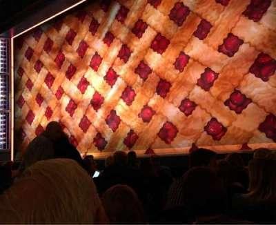 Brooks Atkinson Theatre, Abschnitt: ORCH-R, Reihe: E, Platz: 6