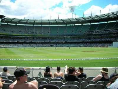 Melbourne Cricket Ground, Abschnitt: GENADM, Reihe: K, Platz: 133