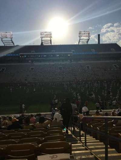 Bobby Dodd Stadium, Abschnitt: CL-3, Reihe: 23, Platz: 28