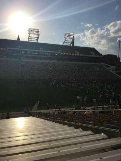 Bobby Dodd Stadium, Abschnitt: 127, Reihe: 30, Platz: 1