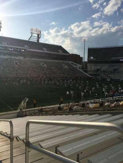 Bobby Dodd Stadium, Abschnitt: 128, Reihe: 22, Platz: 21