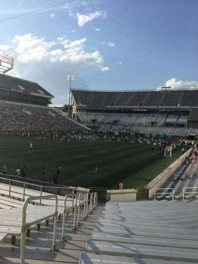 Bobby Dodd Stadium, Abschnitt: 131, Reihe: 22, Platz: 1