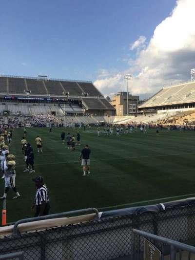 Bobby Dodd Stadium, Abschnitt: 136, Reihe: 4, Platz: 15