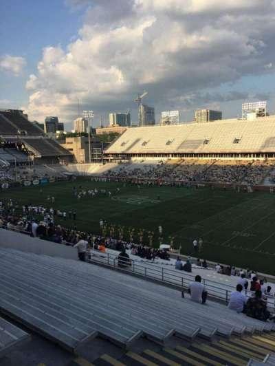 Bobby Dodd Stadium, Abschnitt: 101, Reihe: 44, Platz: 18