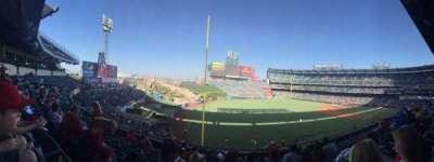 Angel Stadium, Abschnitt: C306, Reihe: G, Platz: 11