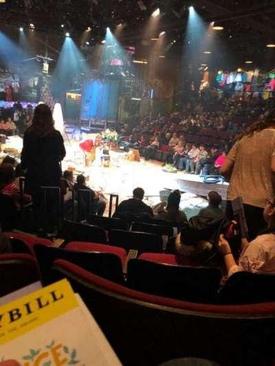 Circle in the Square Theatre, Abschnitt: Orch, Reihe: E, Platz: 127
