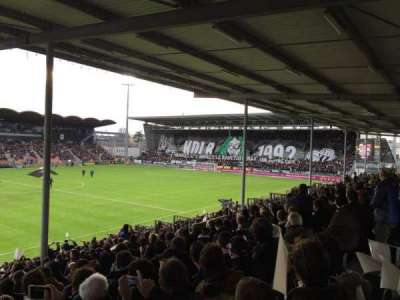 Stade Jean Bouin, Abschnitt: St Leonard Laterale, Reihe: V, Platz: 169