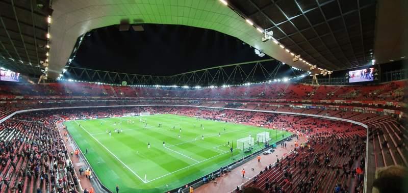 Sitzplatz-Aussicht für Emirates Stadium Abschnitt 106 Reihe 2 Platz 417