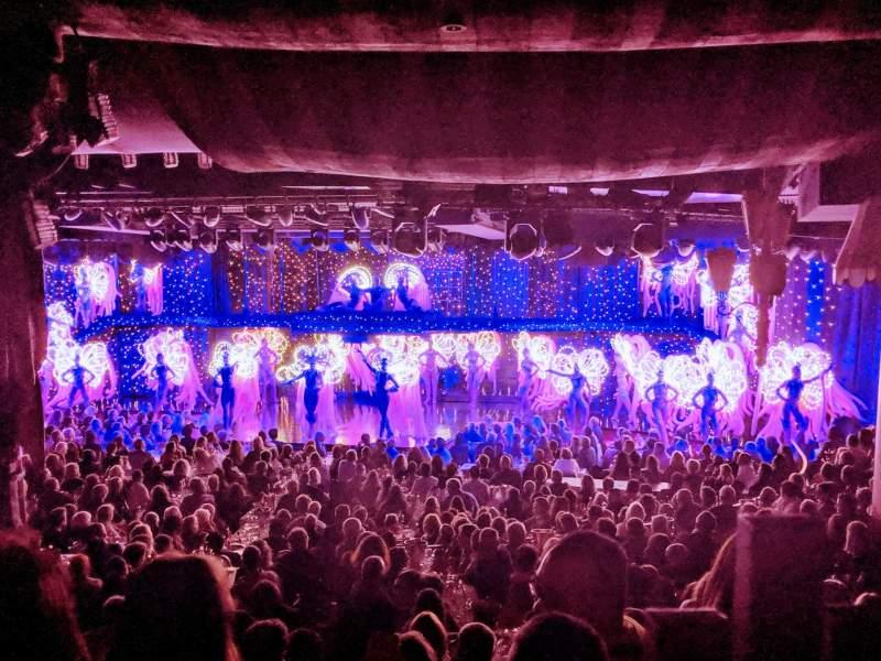 Sitzplatz-Aussicht für Moulin RougeReihe Last